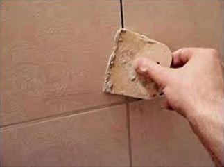 Затирка швов при облицовке стен керамической плиткой