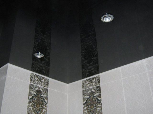 Натяжной потолок в ванной комнате в хрущевке