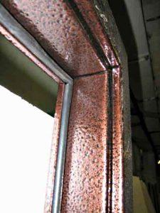 уплотнитель для металлических дверей