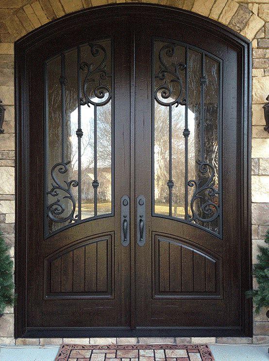 входные металлические двери с ковкой