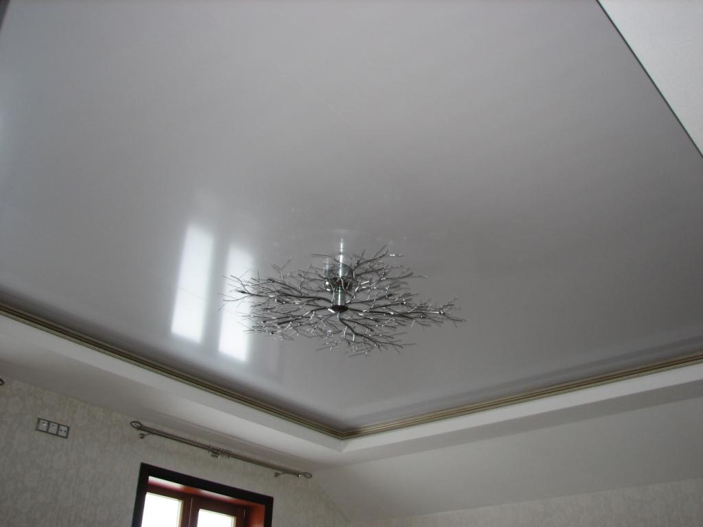 натяжных потолков металлик