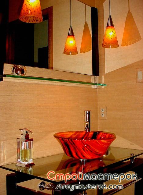 Фото красной раковины а ванной