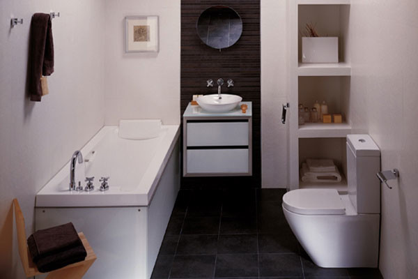 Small-Bathroom-Decorating-Ideas-on-Tight-Budget-600x400