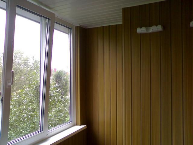obshivka-balkona-svoimi-rukami