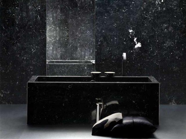 ванна черная