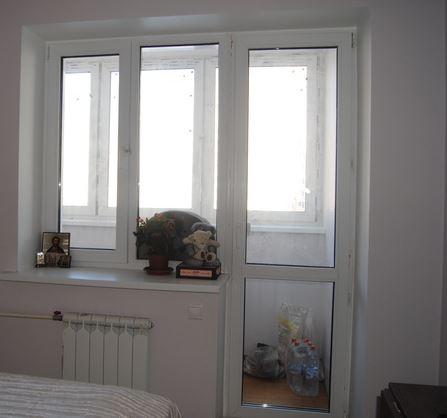 Окна и двери в спальне