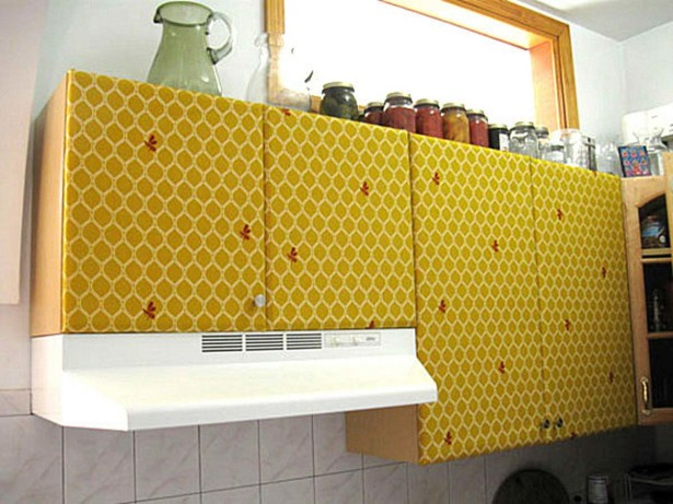 minimalist-yellow-kitchen-cabinet-615x461