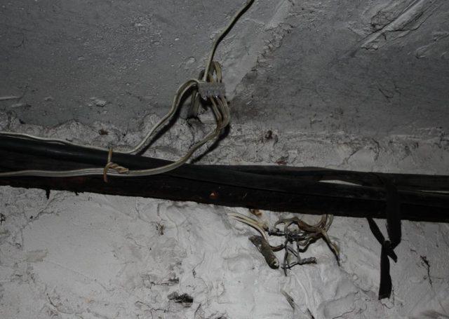 Нет изоляции на соединениях проводов