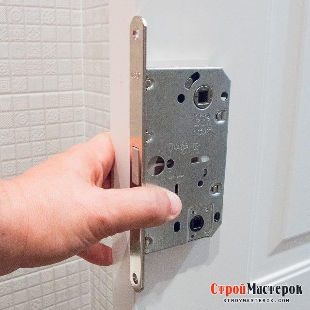 разметка замка для межкомнатной деревянной двери